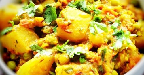 aloo-mattar-potato-peas-curry