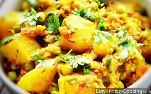 Aloo Mattar – Potato Peas Curry