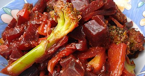 beetroot-broccoli-indian-curry